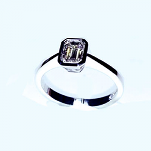 'Bezel' Diamond Engagement Ring - Emerald 0.56ct - H VS1