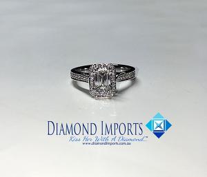 'Halo' Diamond Engagement Ring - 1.00cts