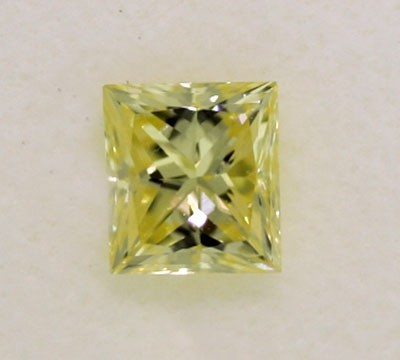 Princess Cut Diamond 0.46ct - Fancy Yellow VS1
